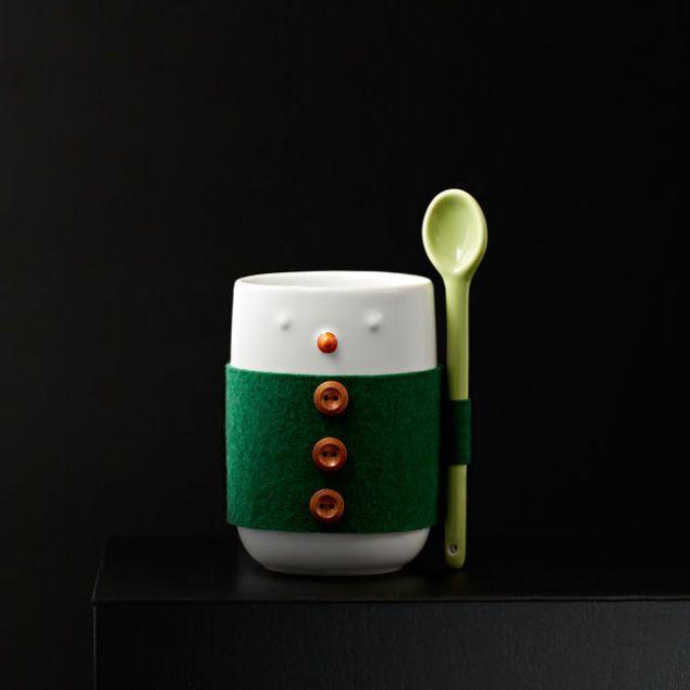 mug_8_snowman_sleeve_spoon_us_pdp